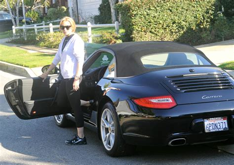 cars com actress celebrity cars pictures of what celebrities drive