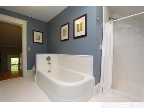 old man bathroom sale pending on grumpy old men home zillow porchlight