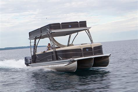 best pontoon boat manufacturers 2015 top 10 pontoon boats pictures to pin on pinterest pinsdaddy
