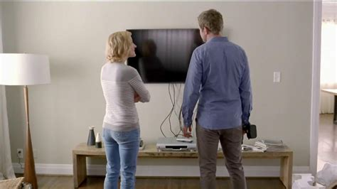 direct tv commercial actress shower genie actress direct tv rachael edwards