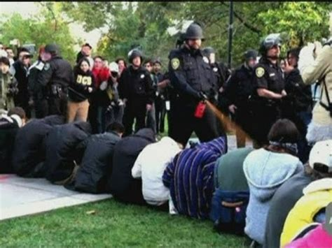 Sprei California No 1 Verena pepper spray uc davis students maced in occupy protest