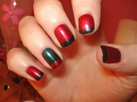 easy nail art for xmas 15 simple easy christmas nail art designs ideas 2012