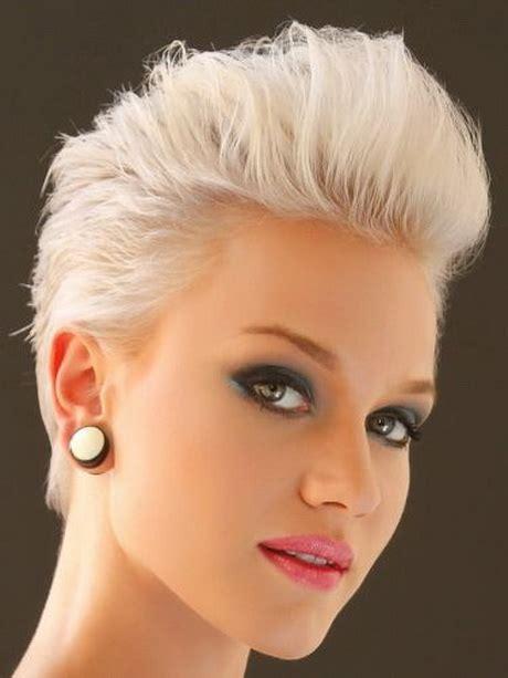 kurze haare blond