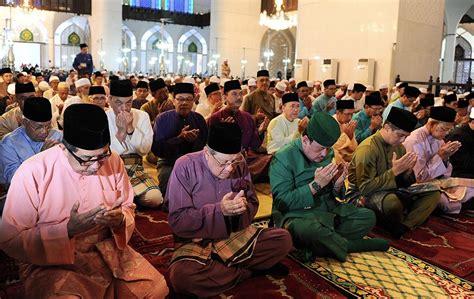 new year festival in malaysia essay maal hijrah 1436h celebration in malaysia foto astro awani