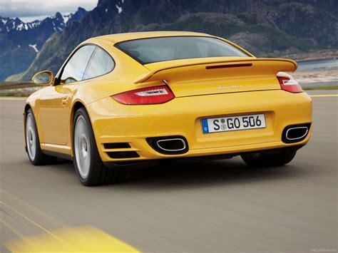 yellow porsche 911 2010 yellow porsche 911 turbo wallpapers