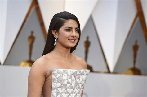 priyanka chopra fashion video priyanka chopra s oscar statement wowed dwayne johnson too
