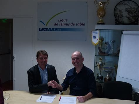 tennis de table pays de loire ouest et la ligue ont sign 233 une convention de