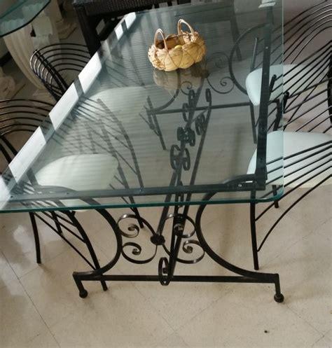 tavolo ferro battuto e vetro tavolo con base in ferro e piano in vetro completo di 4