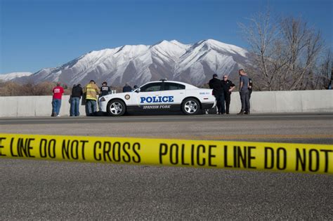 baby miraculously alive in car sunk in utah river cnn four officers say mystery woman s voice called to them