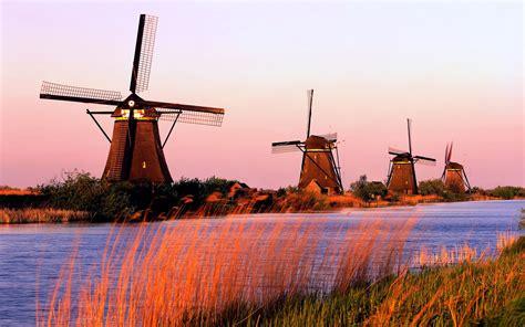 Pajangan Kincir Angin Dari Negara Belanda Untuk Cinderamata 9 tempat yang wajib kamu datangi di belanda