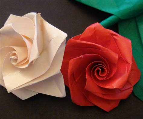 Origami Paper Roses - how to make an easy origami bouquet