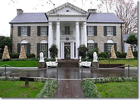 where is elvis presley house elvis presley s graceland 3764 elvis presley boulevard
