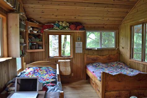 square foot living room  big   square feet
