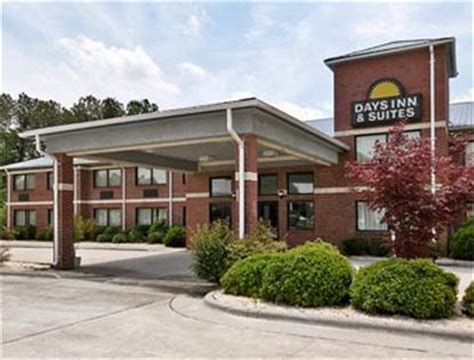 waffle house warsaw nc warsaw days inn and suites warsaw deals see hotel photos attractions near warsaw