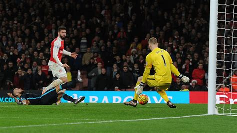 arsenal city who has been the premier league s best goalkeeper so far