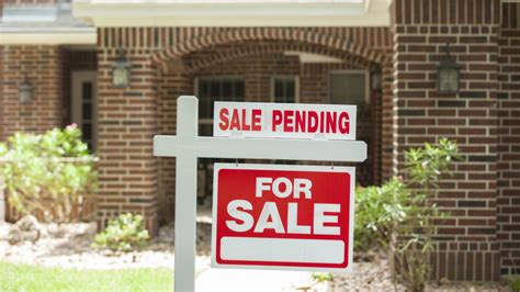 pending homes sales adjusts to second highest level in a