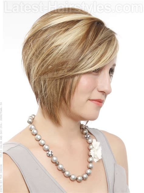 short hairstyles chin length bobs a short chin length bob hairstyle side angle fashion n