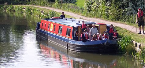 midi canal boat holidays canalability canal boat holidays and day trips for people