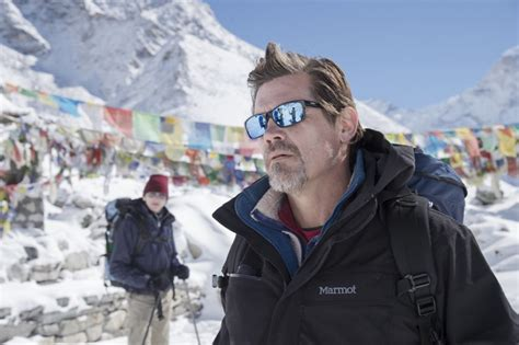 film everest qui meurt 171 everest 187 le film qui a d 233 plac 233 les montagnes