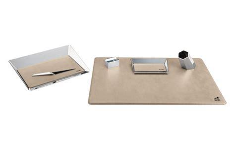 accessori scrivania gramercy accessori per scrivania scrivanie e scrittoi