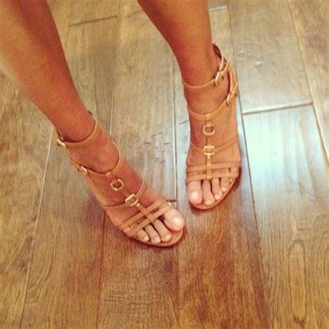 dana loesch s feet