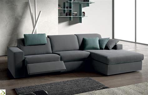 divano a penisola divano moderno con sistema relax lous arredo design