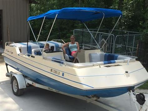 viking deck boats for sale chris craft viking 190 1985 used boats for sale the