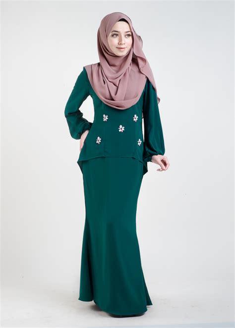 baju kurung moden hijau emerald baju kurung moden asyura emerald green lovelysuri com