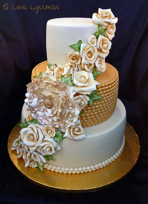gold themed cake 32 best images about cake dessert on pinterest wedding