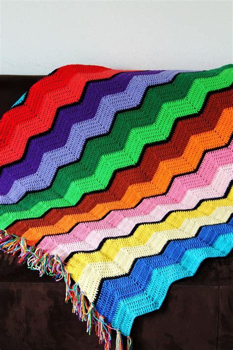 pattern crochet ripple afghan retro ripple crochet afghan pattern favecrafts com