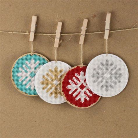 christmas ornament needlepoint kit diy simple