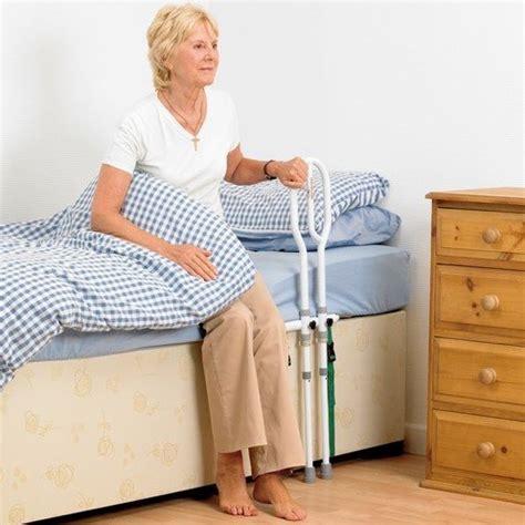 letti per disabili prezzi maniglia letto disabili e anziani maniglione prezzi