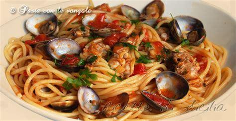 cucinare vongole fresche ricetta pasta con le vongole