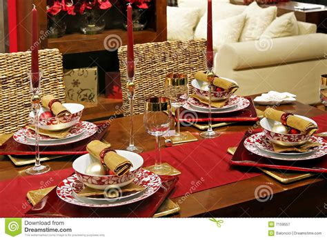 how to dress a table christmas table royalty free stock photography image