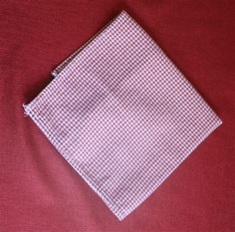 Cloth Napkin Origami - easy cloth napkin folding a step by step in pictures