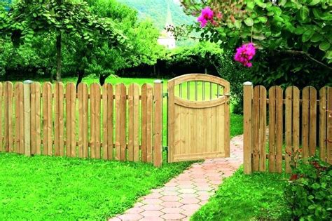 Garden Fencing Ideas Uk Small Garden Fence Ideas Uk