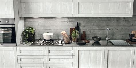 dipingere ante cucina in legno best verniciare ante cucina legno gallery embercreative