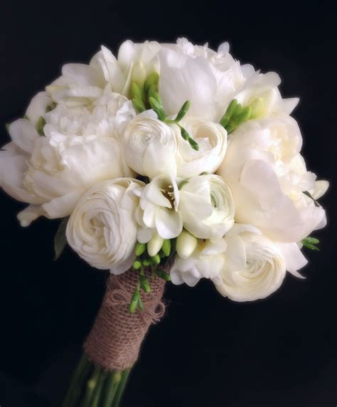 peonies bouquet all white peony and freesia bouquet flowers pinterest