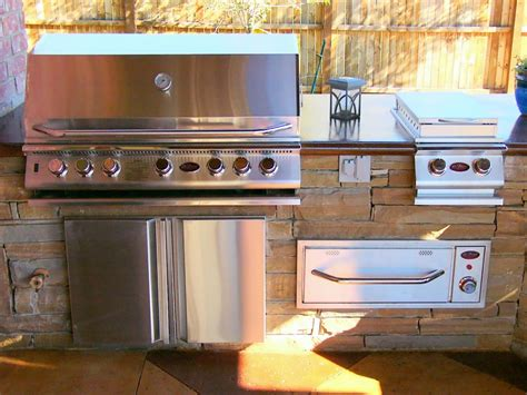 outdoor kitchens hgtv building an outdoor kitchen pictures ideas from hgtv hgtv