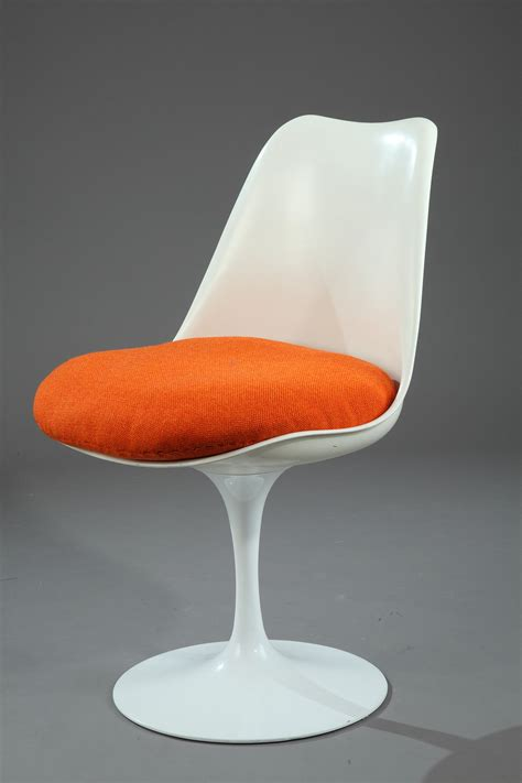Chaise Tulip by Chaise Tulipe