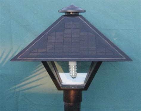 American Solar Electric Solar Coach Light Snow Cap 42 12 Volt Solar Lights