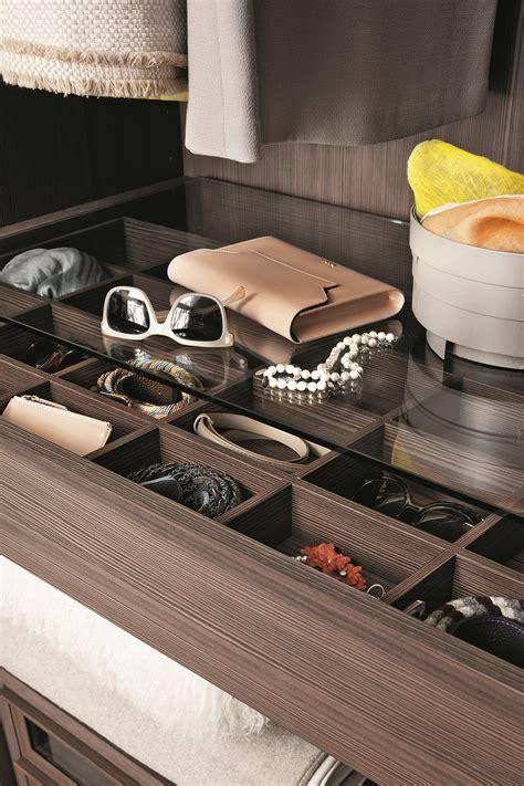 armadio scorrevole su misura armadio con ante scorrevoli su misura prima by lema design