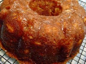 apple cinnamon chip bundt cake recipe dishmaps