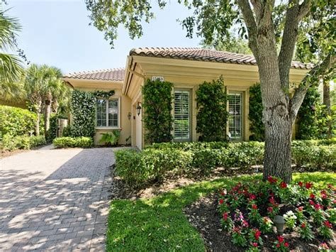 florida curb appeal pin by melinda gunther naples realtor on naples florida