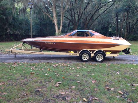 glastron boats carlson glastron carlson cxt 23 1982 for sale for 10 000 boats