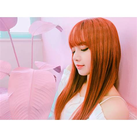 blackpink lisa instagram black pink snaps on twitter quot blackpink instagram 4p