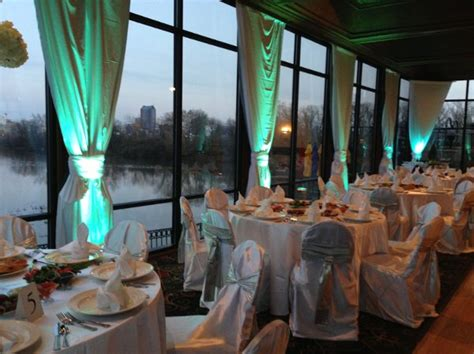 boat house columbus ohio the boat house at confluence park columbus oh wedding venue