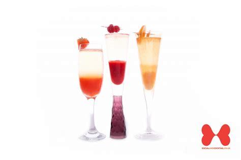 Strawberry, Peach, Raspberry Bellini Cocktail Recipes   Prosecco Cocktails