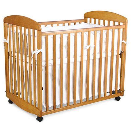 baby mod monterey mini rocking crib honey oak walmart