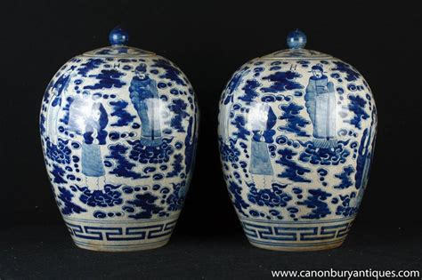 Porcelain Vases And Urns by Pair Blue And White Nanking Porcelain Urns Vases